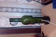 Отвестие в бутылке под провод