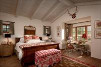 Варианты интерьера спальни в стиле кантри